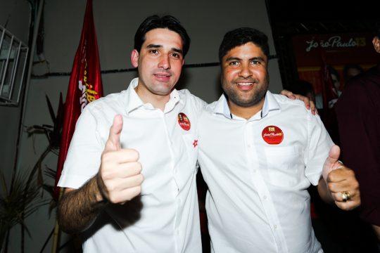 Rinaldo na inauguração do Comitê de João Paulo com Silvio Costa Filho